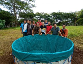 Adopsi teknik budidaya kolam terpal, Dinas Perikanan Uji Coba Kolam Bioflok