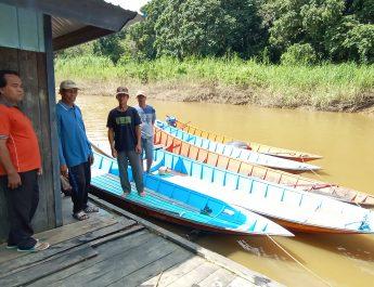 Kebutuhan ikan meningkat, Nelayan Muara Kedang Maksimalkan Pemanfaatan Sarana Perahu Ketinting